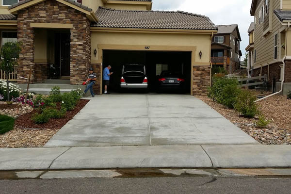 Denver concrete contractors for driveway replacement